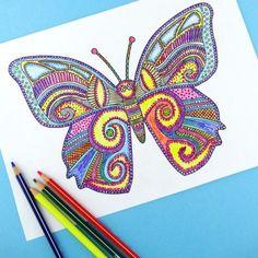 Encuentra la calma con una mariposa tecnicolor. | 12 Geniales plantillas gratuitas para que los adultos coloreen y se relajen