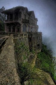 most beautiful abandoned places and modern ruins - - Post with 120793 views. most beautiful abandoned places and modern ruins. Abandoned Buildings, Abandoned Mansion For Sale, Abandoned Mansions, Abandoned Places, Mansions Homes, City Buildings, Haunted Hotel, Haunted Places, Places Around The World