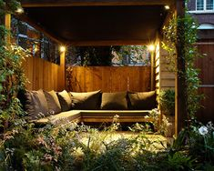 Small city garden – Contemporary – Patio – Amsterdam – by Boekel Tuinen – small