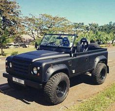 Custom Defender https://www.amazon.co.uk/Baby-Car-Mirror-Shatterproof-Installation/dp/B06XHG6SSY/ref=sr_1_2?ie=UTF8&qid=1499074433&sr=8-2&keywords=Kingseye