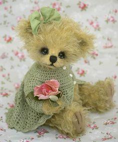 Rosa-Claire....a little bear!