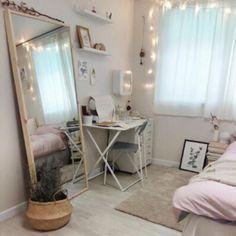 40 chic bedroom decorating ideas for teen girls - Zimmer deko ideen - Superb art Bedroom Themes, Bedroom Inspo, Bedroom Decor, Bedroom Storage, Bedroom Designs, Bedroom Furniture, 50s Bedroom, Master Bedroom, Modern Bedroom