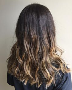 Long Wavy Ash-Brown Balayage - 20 Light Brown Hair Color Ideas for Your New Look - The Trending Hairstyle Dark Brunette Balayage, Ash Brown Balayage, Brown Ombre Hair, Light Brown Hair, Brown Hair Colors, Brunette Hair, Light Brown Highlights, Brown Hair With Blonde Highlights, Hair Color Highlights