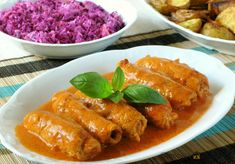 Tomato Sauce, Chicken Wings, Thai Red Curry, Food And Drink, Rolls, Pork, Dishes, Cooking, Ethnic Recipes