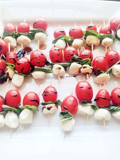 As I write this, I've got the window open. I can hear birds singing, I see green grass poking through, and I feel a gentle and warm breeze. All of this indicates that SPRING IS HERE! This delightful weather leaves me in the mood to eat light and fresh. These caprese skewers, with the bright …
