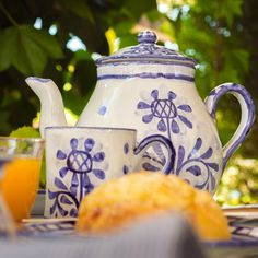 The Artichoke design is our newest #design. It features a stylised #artichoke motif in blue, with a matching blue borders. All our ceramics are #handmade and #handpainted by our #artisans here in the #Algarve Available from www.porchespottery.com  #tea #teapot