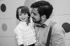 """""""Um bom pai sabe esperar e sabe perdoar do fundo do coração. Certo sabe também corrigir com firmeza: não é um pai frágil complacente sentimental. O pai que sabe corrigir sem degradar é o mesmo que sabe proteger sem se economizar."""" Papa Francisco  #tramelamultimídia #vamostramelar #boratramelar #diadospais #pai #paisefilhos #fathersday #father #familia #family #vscorecife #vscobrasil #photos #photography #fotos #fotografia"""