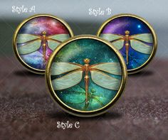 Dragonfly Nebula / Vintage Bronze Dresser knobs cabinet Dresser Knobs pull / Dresser Pull / Cabinet Knobs / Furniture Knobs Diameter: 30mm Height: 28mm Diameter of Basement: 15mm Material: Zinc Alloy, Glass, Illustration One screw is included, Length 25mm. Diameter of drilling hole: M4 (4mm)  Please visit my shop for more knobs: https://www.etsy.com/shop/GibbsHouse  About Screws: Screws included. 1 (25 mm) length as default. If you need other length (av...