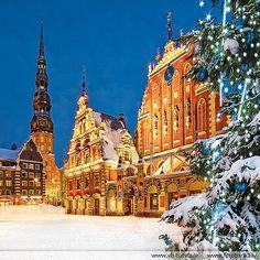 Latvia, Old Riga. House Blackheads (Melngalvju nams)