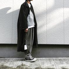 . グレーのグラデーションと黒。 母のコートに父のパンツ。 今年は里帰り出来ずで寂しい。、。来年は帰りたいなぁ。 - #saorfuku