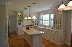 Fabulous 80+ Inspiring Traditional Kitchen Designs https://decorspace.net/80-inspiring-traditional-kitchen-designs/