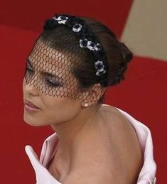 Welcome to your source for everything related to Charlotte Casiraghi, ambassadress of Gucci & Mont Blanc and in line to the Monegasque throne. Millinery Hats, Fascinator Hats, Fascinators, Headpieces, Wedding Hair And Makeup, Hair Makeup, Royal Clothing, Fancy Hats, Hair Ornaments