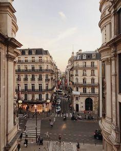 City Aesthetic, Travel Aesthetic, Travel Around The World, Around The Worlds, Places To Travel, Places To Go, Aesthetic Pictures, Beautiful Places, Beautiful Pictures