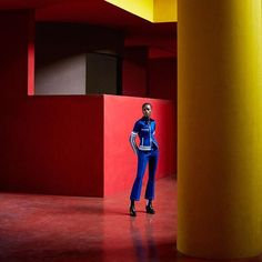 #kleurrijk #decembernummer #photoshoot via HARPER'S BAZAAR HOLLAND MAGAZINE OFFICIAL INSTAGRAM - Fashion Campaigns  Haute Couture  Advertising  Editorial Photography  Magazine Cover Designs  Supermodels  Runway Models