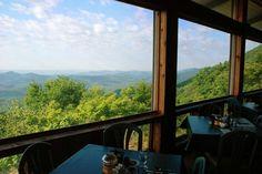 Pisgah Inn Restaurant, Asheville NC Blue Ridge Parkway, Blue Ridge Mountains, Great Smoky Mountains, Appalachian Mountains, Appalachian Trail, Asheville Restaurants, Asheville Nc, Mountain Photography, Landscape Photography