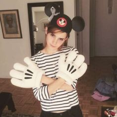 EMMA WATSON - Mickey Mouse club hat and Mickey Mouse hands