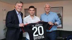 Charles Aránguiz assinou contrato até junho de 2020 com o Leverkusen