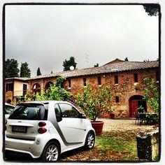 Instagram picture from @thekatieknapp - Tuscan  #crazy #beautiful #bella #yesthatswhatimdriving #smallcarbighouse #smartcar #villalife #monteronidarbia #toscana #italia
