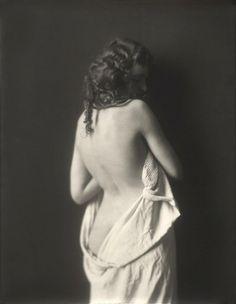 vintage everyday: Ziegfeld Girls from 1910-40s by Alfred Cheney Johnston