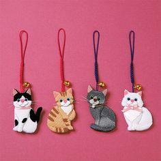 DIY Japanese Folk Art Mobile Strap Fabric kit Can make 4 kitten - Japanese Craft Kit (Just use glue to make it) 4705455 - Crafts Cat Crafts, Diy Crafts For Kids, Arts And Crafts, Kids Diy, Decor Crafts, Cat Christmas Ornaments, Felt Ornaments, Felt Cat, Marianne Design