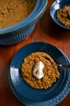Pumpkin pie steel oats overnight crock pot ....smelling sooo good right now!!