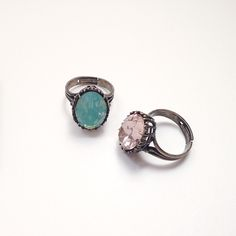 """Swarovski""""Pacific Opal"""" and """"Vintage Rose"""" Ring •"""