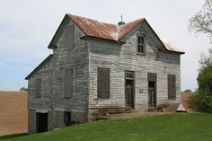Old Buildings, Abandoned Buildings, Abandoned Places, United States Cities, Beautiful Ruins, Ghost Towns, Old Houses, Illinois, Interior And Exterior