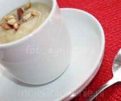 Aksamitna zupa krem z selera z pestkami dyni Tea Cups, Pudding, Tableware, Desserts, Food, Tailgate Desserts, Dinnerware, Postres, Dishes
