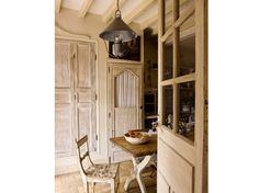 built in w/antique door- campagne et deco