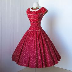 That sound? Oh, that was nothing, just my jaw hitting the ground :))) #vintage #dress #gorgeous #red #circle_skirt #fashion #1950s #fifties #feminine #retro