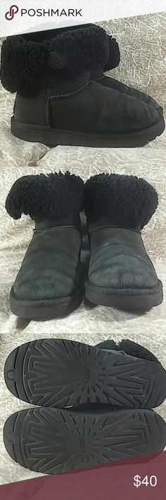 Size 7 Bailey Button UGG boots Size 7 Baily Button UGG boots in used condition with lots of life let in them UGG Shoes Winter & Rain Boots