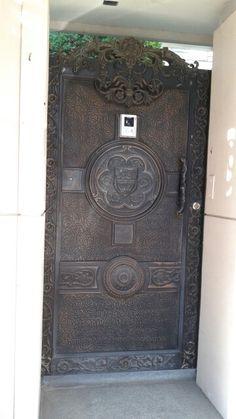 Door South Korea Beauty, Doors, Home Decor, Decoration Home, Room Decor, Doorway, Interior Decorating, Gate