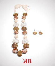 Collar de piedras/Necklace of stones w/ribbon