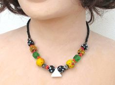 Vintage African style bright merry colorful glass by StudioKroko Short Necklace, Beaded Necklace, Necklaces, African Style, African Fashion, African Trade Beads, Hippie Bohemian, Ethnic Jewelry, Colored Glass
