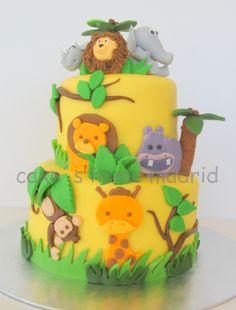 tartas fondant animales de la selva - Buscar con Google Safari Cakes, Winnie The Pooh, Baby Shower, Cookies, Christmas Ornaments, Birthday Stuff, Birthday Ideas, Holiday Decor, Desserts