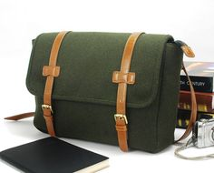 Wool Felt Messenger Bag Shoulder Bag handbag Handbag by lavievert, $68.00