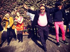 """PSY Visited Ai Weiwei's Studio Today to Teach Him """"Gangnam Style"""""""