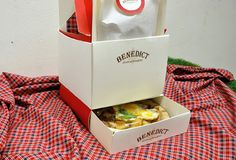 "Takeaway packaging design for ""BENEDICT"" on Behance"
