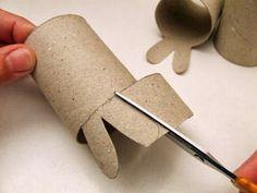 Sempre criança Bunny Crafts, Easter Projects, Easter Crafts For Kids, Paper Towel Roll Crafts, Paper Towel Rolls, Paper Crafts, Art Activities, Diy Toys, Healthy Kids