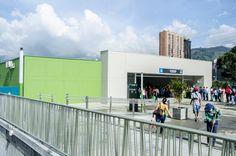 Estaciones Sabaneta y La Estrella - Realización de las obras civiles para la construcción del urbanismo y obras complementarias. Año de construcción: 2012 Ciudad: Estrella, Antioquia, Colombia Cliente: Empresa de Transporte Masivo del Valle de Aburra