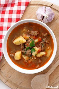 Gulyásleves zupa gulaszowa