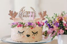 A deer cake of course. Baby Cake Smash, 1st Birthday Cake Smash, Birthday Cake Girls, First Birthday Parties, First Birthdays, Enchanted Forest Cake, Engagement Celebration, Diy Birthday Decorations, Little Girl Birthday