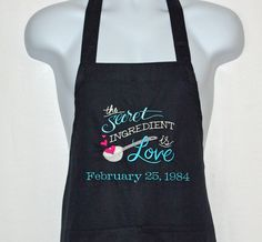 Secret Ingredient Is Love Apron, Wedding Kitchen Shower Gift, Anniversary Date, Sweetheart, Valentin Handmade Shop, Handmade Items, Handmade Gifts, Etsy Handmade, Personalized Gifts, Kitchen Shower, Anniversary Dates, Wedding Anniversary, Sewing Studio