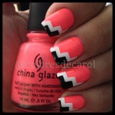 Instagram photo by coloresdecarol #nail #nails #nailart. Seems pretty simple! Paint nails one color, let it dry. Make two straight lines of second color, let that dry. Make 2 shorter line at the tip of the nail with 3rd color.