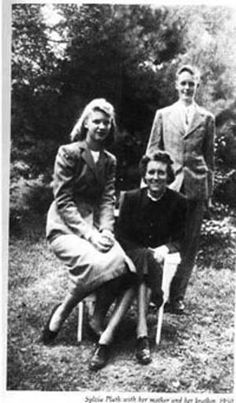 Sylvia Plath with mother and brother Story Writer, Book Writer, Ted Hughes Sylvia Plath, Silvia Plath, Edna St Vincent Millay, Anne Sexton, Dorothy Parker, Writers And Poets, American Poets