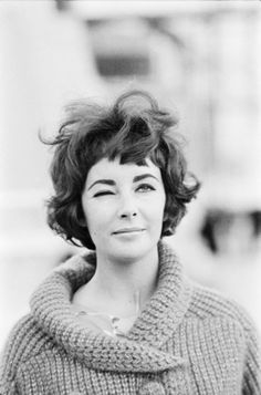 Elizabeth Taylor set of Cleopatra, Rome 1961  Hair. Eyebrows. Cardigan.