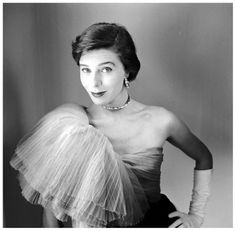 Bettina wearing one-shoulder dress by Jacques Fath, photo by Gordon Parks, 1950 #EasyNip