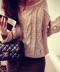 Oversized  sweater with a chique skirt!  sweater weather ✌