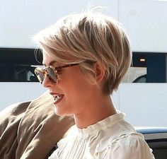Cute pixie hair!!