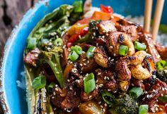 9 Healthy and Easy Stir-Fry Recipes for Busy Weeknights All go from pan to plate in 30 minutes or less.